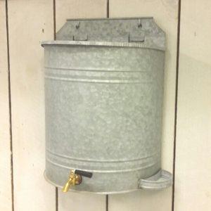 Vattenbehallare 4